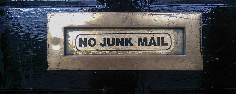 Use your junk mail to help move house